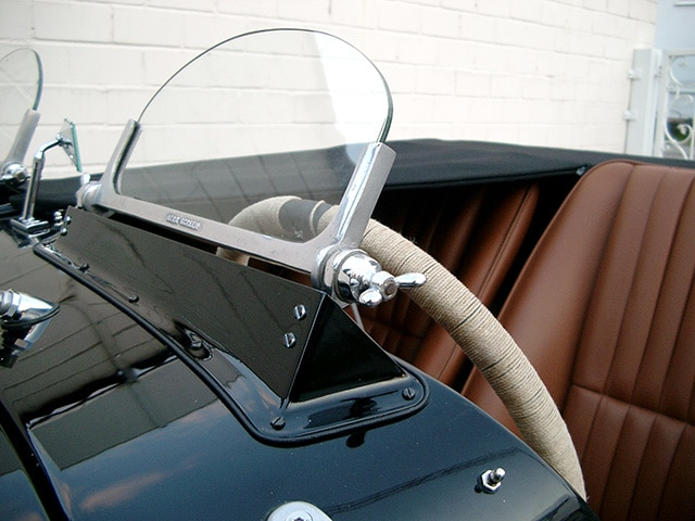 Aufbereitung Oldtimer Fine Car Interiors Matthias Stellrecht Oldtimer_Porsche Morgan Innenausstattung Lenkrad