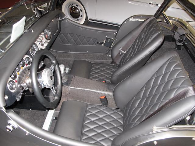 Morgan Plus 8 mit Corvette Motor - AutoMotorSport - Fine Car Interiors Matthias Stellrecht - Aufbereitung Innenausstattung Stepp-Sitze Schwarz